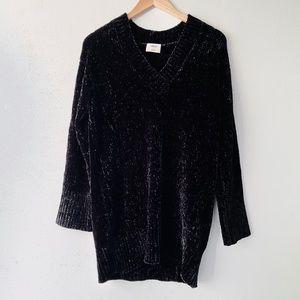 NWOT Black Violetta V-Neck Oversized Sweater